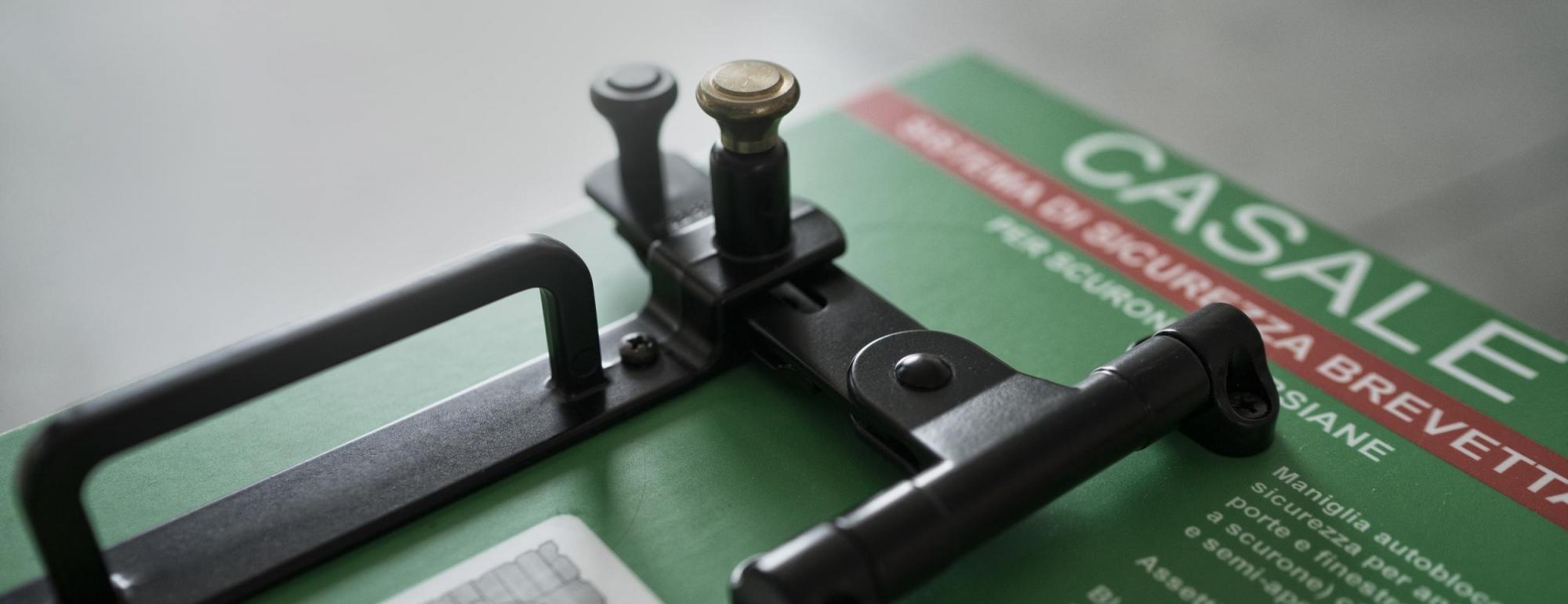 Accessori di ferramenta per persiane